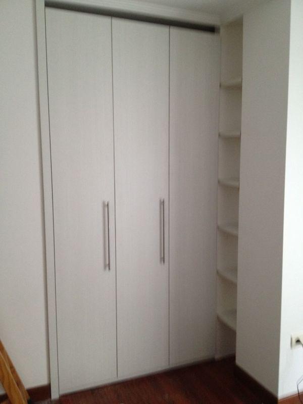 Trabajos de muebles zure tienda muebles en durango - Puertas plegables armarios ...